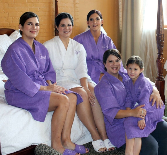 Purple Bride Bridesmaid and Flower Girl Spa Robes Set of 4 Plus 1 Flower Girl Robe Wedding Party Robes Bridesmaids Robes Purple Robe