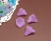 SALE 10 Lucite  Medium Ruffled Calla Lily - Purple - 16mm