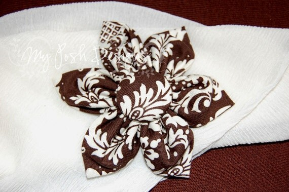 Fabric Flowers Brooch Pins / Hair Clips Brown Damask