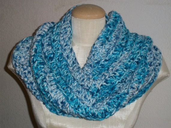 soft and chunky crocheted infinity circle scarf : color  - caribbean blue