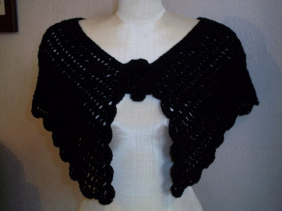 Victorian Inspired Delicate Sparkly Crocheted Capelet Shawl with Flower Applique . OSFM One Size Fits Most .  color : Black Twilight