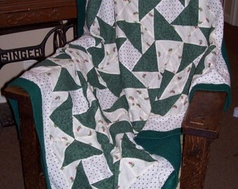 Beautiful 'nine patch' fleece and cotton patchwork blanket for child or infant