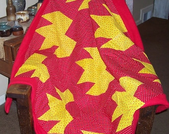 "Beautiful ""nine patch"" fleece and cotton patchwork blanket for child or lap"
