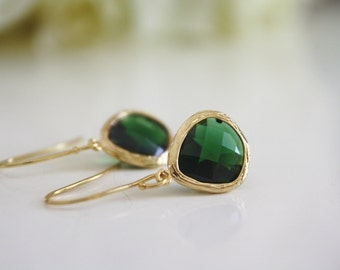 Gold Earrings, Emerald Green Earrings, Bridesmaids Jewelry, Bridesmaid Earrings, Birthday Gift, Friend Gift Best Friend, may birthstone