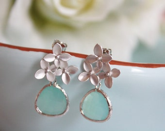 Silver Earrings, Floral Earrings Mint Earrings Post Earrings Mint Wedding Bridesmaid Gifts Bridesmaid Earrings Gifts for Her Girlfriend Gift
