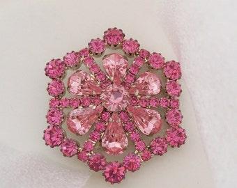 Glamorous & Beautiful Vintage Prong-Set Brooch Pin / Pink Rhinestones