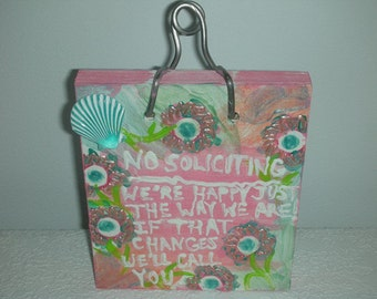Sign Drastically Reduced - No Soliciting Door Bell Plaque - Beach Seashell -  Peachy/Pink and Turquoise