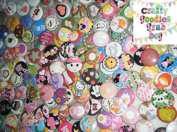 100 Grab Bag mix Pinback Button Party Favors Brooch lot