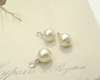 Pearl dangle bead, dangle beads, Hand wrapped pearl charms, 3 beads, Sigma Kappa charm, 6 mm