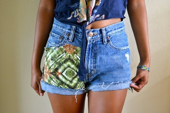 Tribal patched high waists shorts