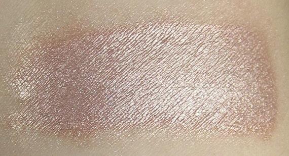 Cheeky Nude - Nude Peach Natural Mineral Eyeshadow