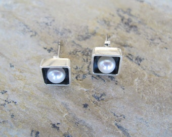 Square Silver Earrings with Pearl