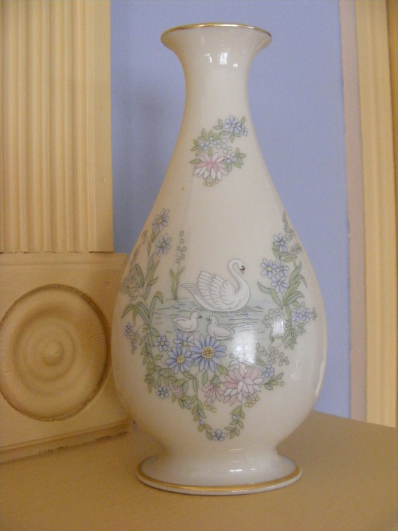 Reserved for Jamie-Swan-Lenox  Mothers Day Collection Vase-1983