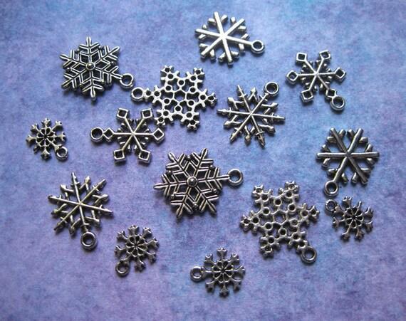 Snowflake Charms - Nice Collection - C939