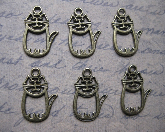 6 Cat Charms / Pendants in Bronze Tone- C1070