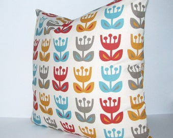 ORANGE, RED and TURQUOISE pillow cover - Jessica Jones - Outside Oslo - Scandinavian print