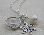 Snowflake Necklace / Snowflake and Pearl Charm Necklace / Sterling Silver Necklace / Bridesmaid Gift / Winter Wedding / Holiday Gift For Her