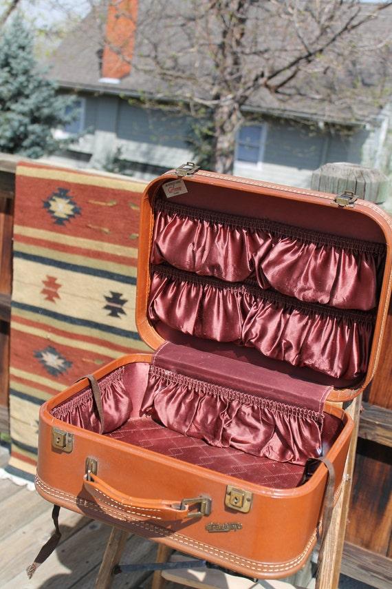 vtg. TRAVEL JOY overnight luggage case