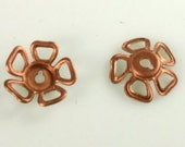 Vintage Dapped Flower Stamping Copper   17MM  Lot of 10