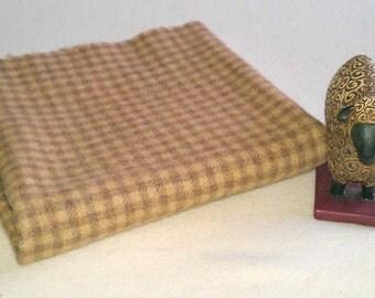 Felted Wool, Fat 1/4 yd, Corn Checks, J451