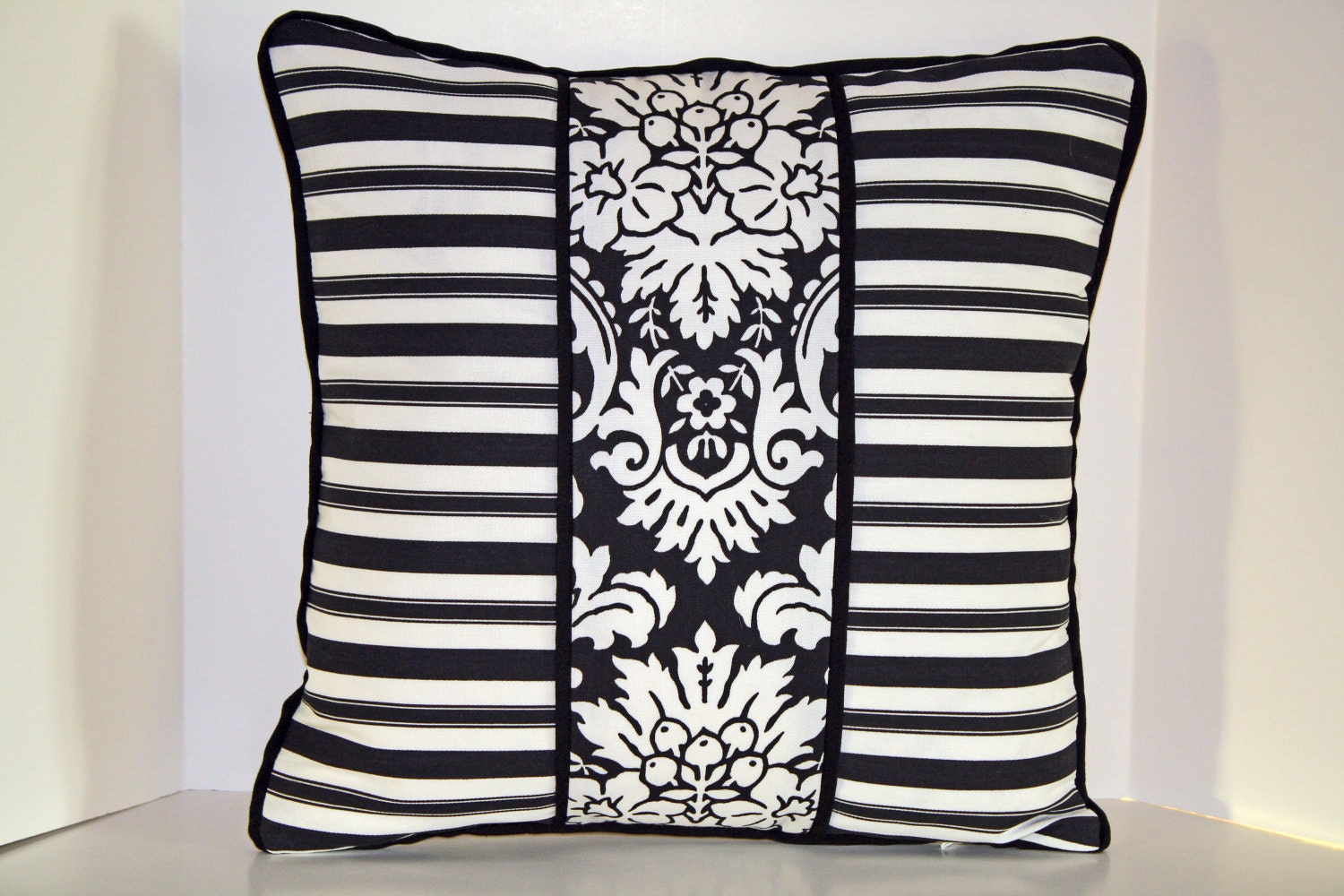 Outdoor Pillow Cover Valencia Domino 18 inch Designer