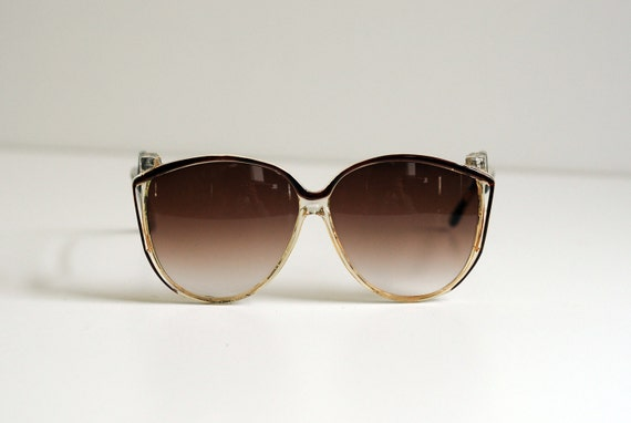 big brown 70s sunglasses, fade away