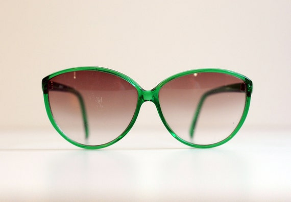 big green sunglasses