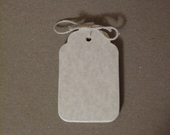 100 Large Blank Scalloped Parchment Tags