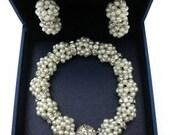 wedding set, beadwork set, bridal bracelet and pearl earrings,pearl bracelet, pearl earrings,bridal jewelry, fresh water pearls,wedding gift