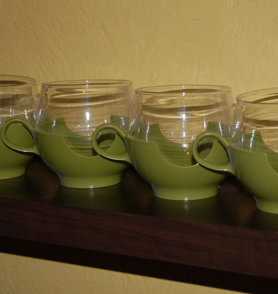 Vintage Mod Avocado Glass Cups 5 Pyrex DrinkUps Plastic Holders from 1970