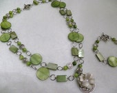 Beautiful Mossy Green Shell Necklace & Bracelet Set