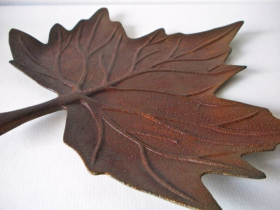 Candle holder / candleholder / Rustic leaf candle tray / pillar candle holder / farmhouse chic / hostess gift