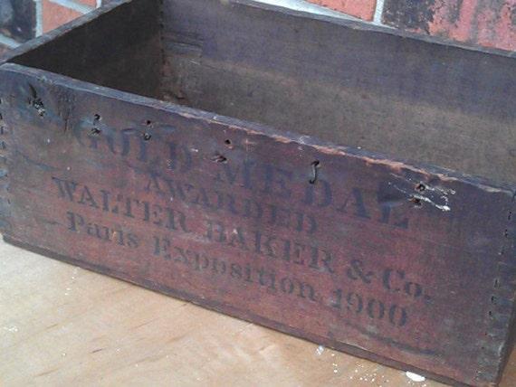 Vintage Chocolate  Box 1900s