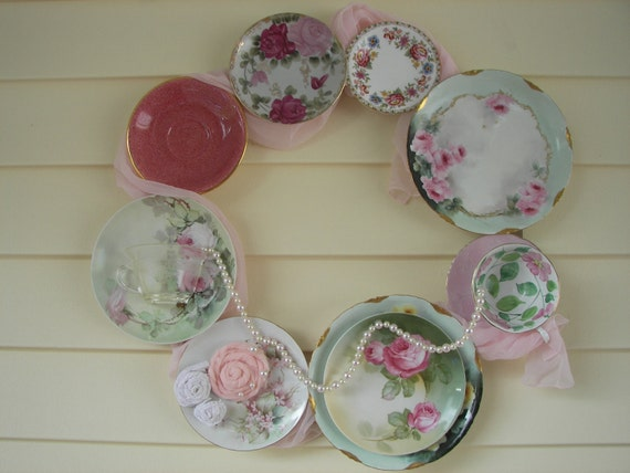 China Wreath with Vintage Teacups and Saucers