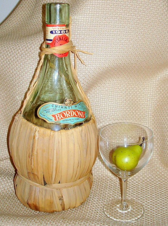 Vintage Chianti Wine Bottle with Straw Wrap, Bordoni Wine, Imported Morand Bros., Chicago