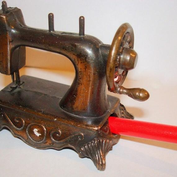 Vintage Sewing Machine Pencil Sharpener. Mini Size