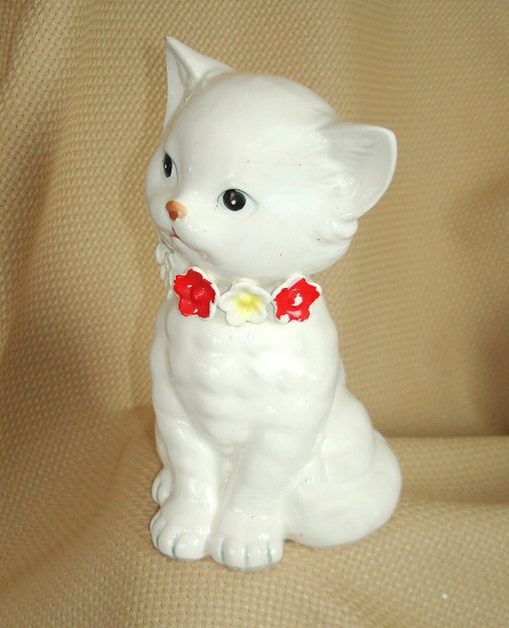Vintage White Cat Figurine, Expressive, Ceramic, Nippon Yoko Boeki