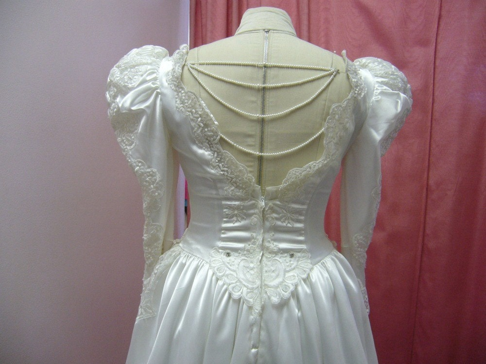 80s White Satin Puffy Sleeve Princess Wedding By