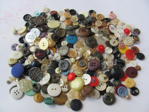 Lot of Over 300 Vintage and Antique Colorful Plastic Buttons Assorted
