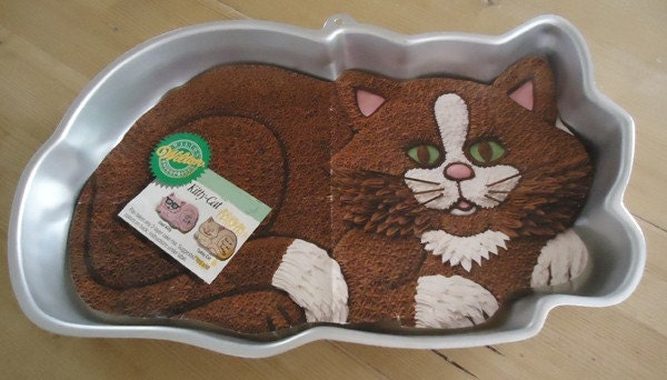 Vintage 1987 Wilton Kitty Cat Cake Pan