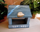 Bird Feeder - Everyone Loves The Sea and Ocean