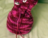 Pink Camoflage knitted drawstring satchel