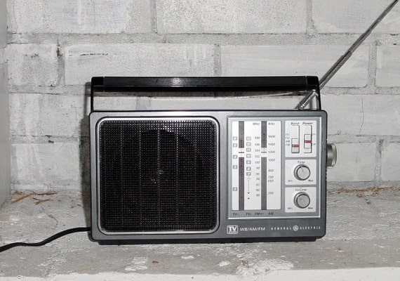 General Electric am fm radio with TV sound