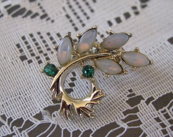 Vintage Faux Opal and Emerald Gold Tone Brooch