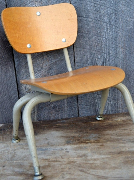 School Chair Child Student Mid Century Vintage Metal Wood Industrial Institutional Education Shabby Chippy Decor Display Stand Shelf 1960's