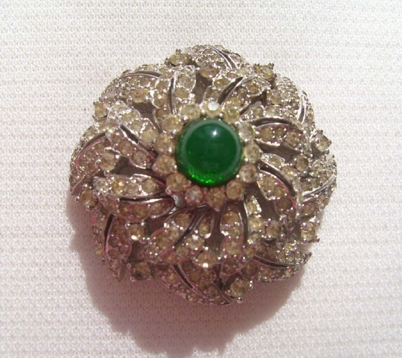 Vintage Jomaz Clear Leaf Rhinestones Green Cabochons Brooch Pin Silver Tone