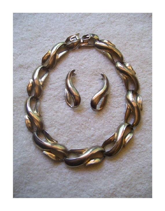 Vintage Choker Silvertone S Links~Choker & Matching Earrings Set