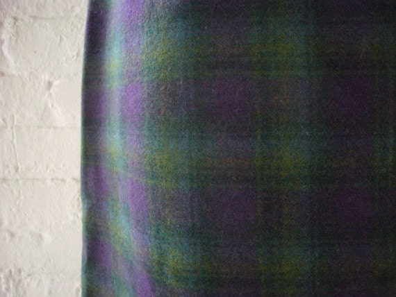 1960s Wool Pencil Skirt 60s Vintage Mod Purple Green Plaid Skirt Medium Office Wear Fall Back to School Girl Preppy Lolita Straight Skirt
