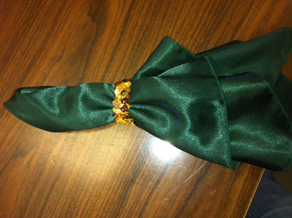 Green Dinner Napkins with Gold Sequin Napkin Rings Set Of 8