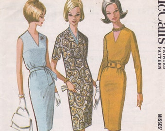 McCalls 6878 size 14 bust 34 from 1963 classic v neck dress easy to sew recommended for beginners